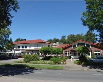 Hotel Landrestaurant Schnittker - Delbruck - Building