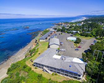 Clarion Inn Surfrider Resort - Depoe Bay - Пляж