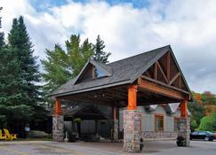 Hidden Valley Resort Ascend Hotel Collection - Huntsville - Building