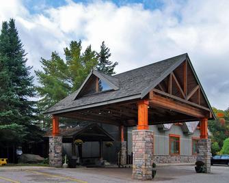 Hidden Valley Resort Ascend Hotel Collection - Huntsville - Gebäude