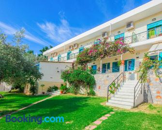 Angeliki Beach Hotel - Skiathos - Building