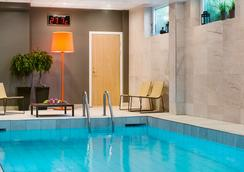 scandic stockholm pool