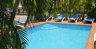Punta Cana Hostel - Punta Cana - Piscina