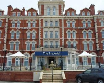 Imperial Hotel Blackpool - Blackpool - Building