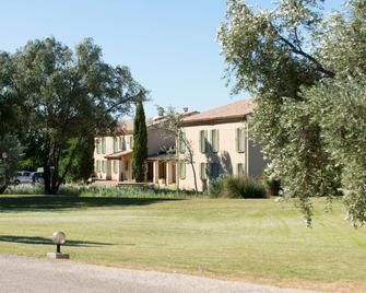 Best Western Aurelia - Maussane-les-Alpilles - Gebäude
