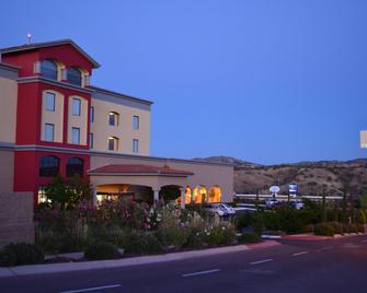 Fiesta Inn Nogales - Nogales - Building