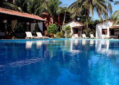 Pousada La Dolce Vita - Canoa Quebrada - Pool