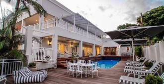 Sandals Guest House - Durban