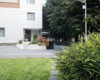 Hotel Mariet - Romano di Lombardia - Вигляд зовні
