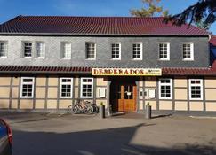 Desperados Hotel - Bergen (Lower Saxony) - Building