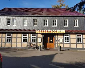 Desperados Hotel - Bergen (Lower Saxony) - Edificio