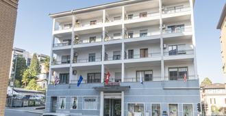 Hotel Besso - Лугано - Здание
