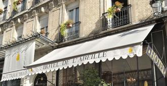 Hôtel De L'abeille Orléans - Orleães - Edifício
