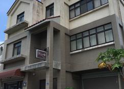 Yongyong Home And Breakfast - Jincheng Township - Rakennus