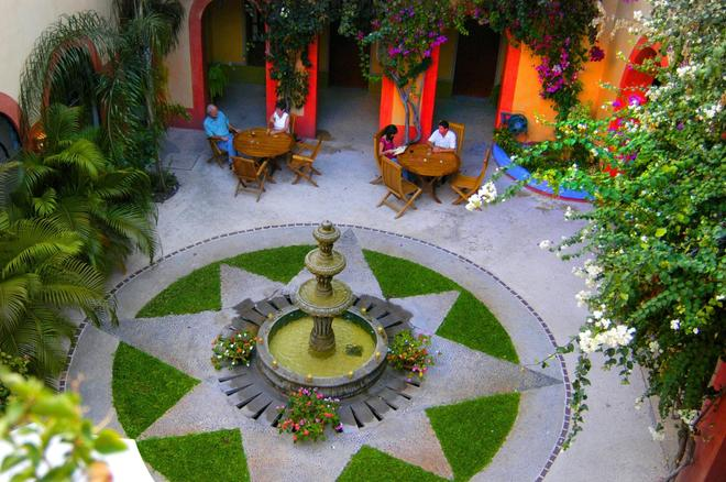 The Melville Boutique Hotel - Mazatlán - Patio