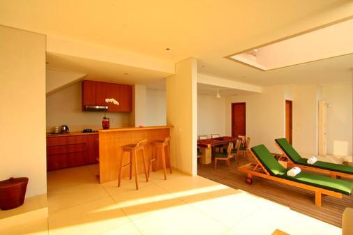Svarga Resort Lombok - Senggigi - Keittiö
