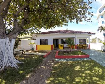 Villa Sarie Bay - San Andrés - Edificio