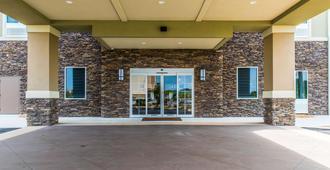 Comfort Inn & Suites - Valdosta - Edificio
