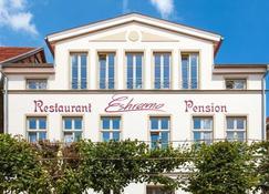 Restaurant & Pension Eshramo - Barth - Building