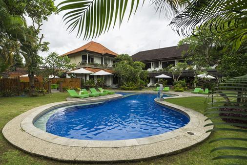 Bali Wirasana Inn - Ντενπασάρ - Πισίνα