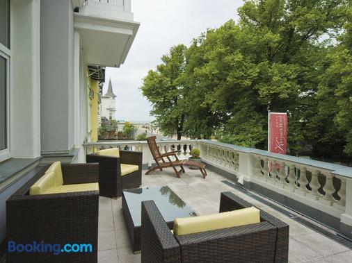 瓦爾納明德庫派克酒店 - 羅斯托克 - 羅斯托克 - 陽台