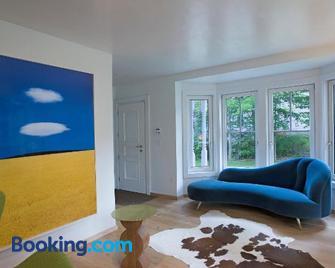 Casa Alchimia - Freeport - Living room