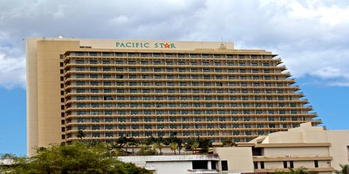 Pacific Star Resort & Spa - Tamuning - Building