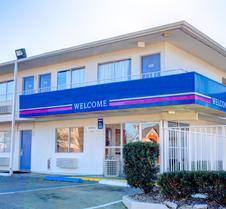 Motel 6 Murfreesboro TN