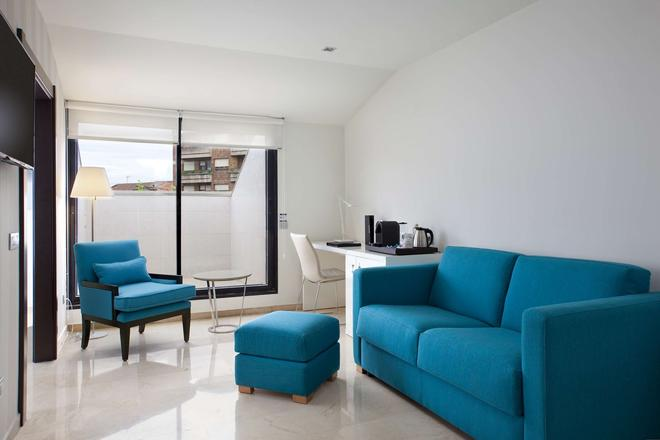 NH Ciudad de Santander - Santander - Living room