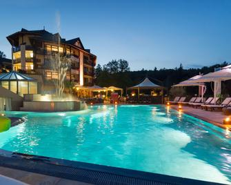 Romantischer Winkel Roligio & Wellness Resort - Bad Sachsa - Басейн