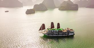 V'Spirit Premier Cruise - Haiphong