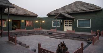 Vanaashrya - Alwar