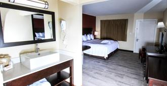 Red Roof Inn Plus+ Williams - Grand Canyon - Williams - Makuuhuone