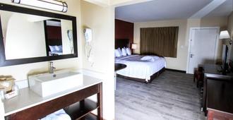 Red Roof Inn Plus+ Williams - Grand Canyon - וויליאמס - חדר שינה