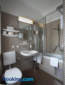 Hotel Vier Jahreszeiten - Salzburg - Phòng tắm