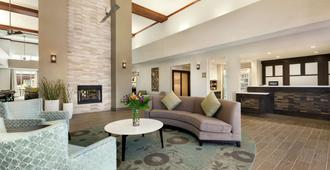 Homewood Suites by Hilton Dallas-Arlington - Άρλινγκτον - Σαλόνι