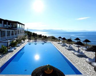 Pantokrator Hotel - Barbati - Bazén