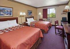 格林威爾速 8 酒店 - 格林維爾 - 格林維爾 - 臥室