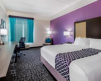 La Quinta Inn & Suites by Wyndham Mission at West McAllen - Mission - Ložnice