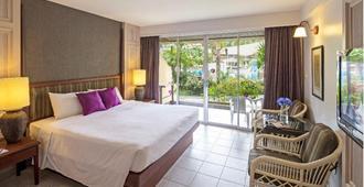 Phuket Orchid Resort And Spa (Sha Plus+) - Karon - Bedroom