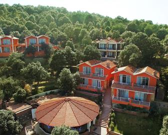 Essence of Nature Cottages - Ranikhet - Gebouw