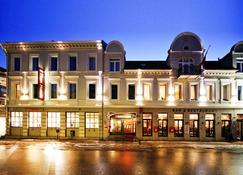 Thon Hotel Parken - Kristiansand - Edificio