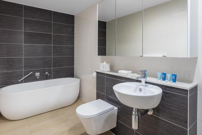 Meriton Suites Herschel Street, Brisbane - Брисбен - Ванная