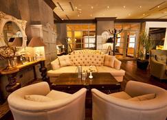 Hotel National - Γιερεβάν - Σαλόνι