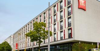 Ibis München City West - Munich - Building
