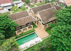 The Apsara Rive Droite - Luang Prabang - Vista del exterior