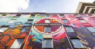 Blooms Hotel - Dublin - Building