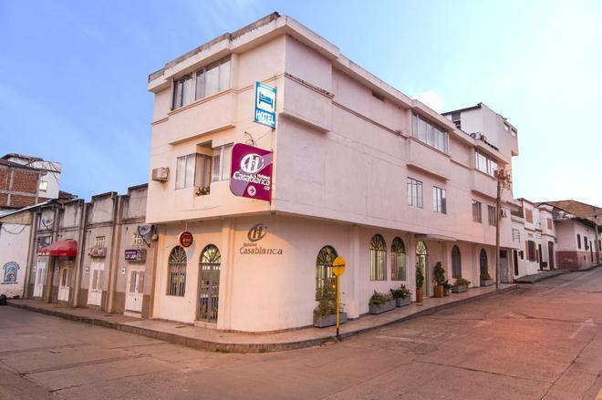Hoteles Casablanca - Garzón - Building