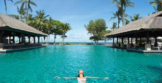 Intercontinental Bali Resort - South Kuta - Bể bơi
