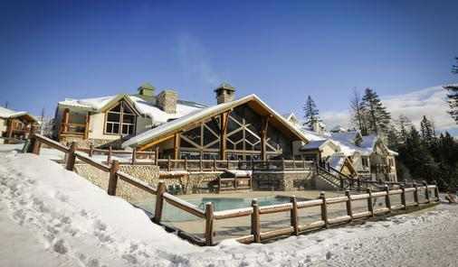 Lizard Creek Lodge - Fernie - Κτίριο